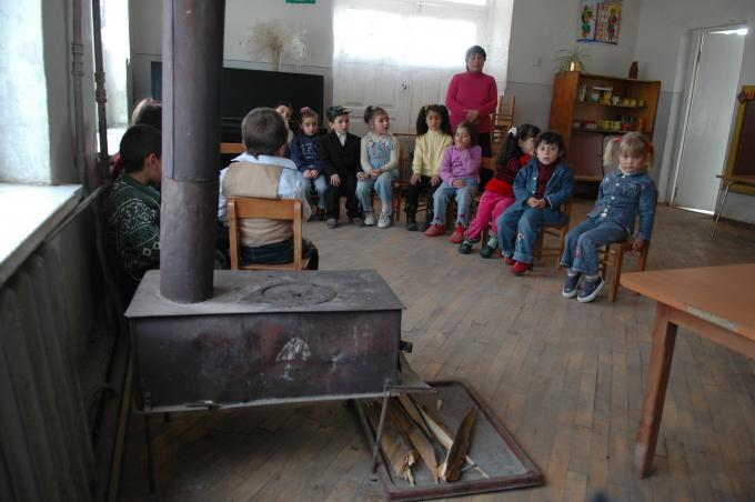 Only up to 28% of preschool age children in Armenia get preschool education mostly due to lack of relevant services or poor quality of infrastructure.